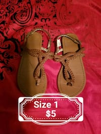 toddler's three pairs of shoes Wenatchee, 98801