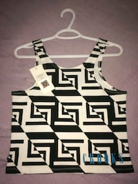 B&W Crooks&Castles crop top (Lg)  Winnipeg, R2W 0K2