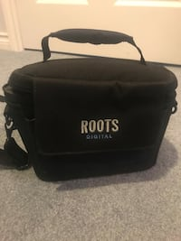 Roots Digital camera bag
