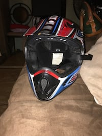 black and blue motocross helmet San Bernardino, 92405