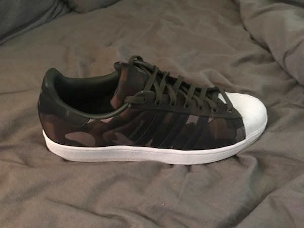 95fe8b710883 Used Adidas camo shell toe shoes never worn size 13 mens for sale in Babylon