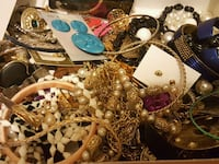 Bulk jewelry lot great for crafters Prescott Valley, 86314