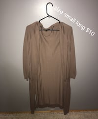 long cardigan size small  Tallapoosa, 30176