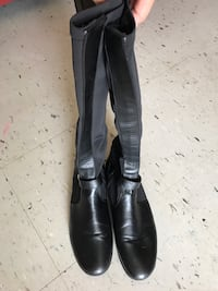 Etienne Aigner black leather boots Bryan