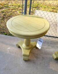 2 available Brand New Accent side tables $40 Each  Moreno Valley, 92551
