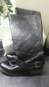 ladies Black boots size 9