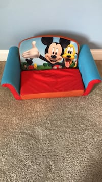 Mickey Mouse Child's Couch-Bed Monroe, 28079