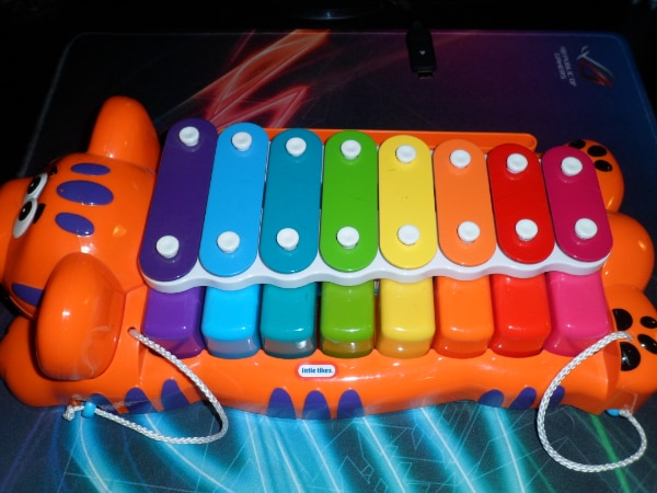 LITTLE TIKES JUNGLE JAMBOREE TIGER 2-IN-1 PIANO XYLOPHONE WITH MUSIC S 21138ea4-2b88-4113-aa3c-224cb7665808