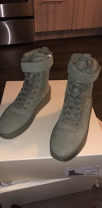 Fear of god sneakers  Silver Spring, 20910