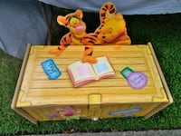 Pooh Toy Box for Sale. Norfolk, 23503