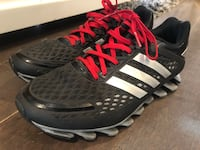 Youth/men's Adidas size 6.5
