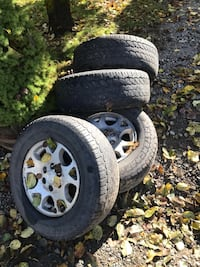 Chevy wheels and tires  2283 mi
