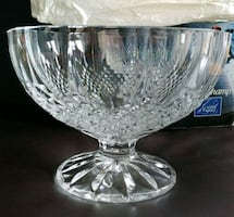 New in box Crystal Serving Bowl