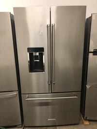 Kitchen Aid refrigerator 23.8 cu. Ft. Capacity counter depth, French door stainless steel, ice maker, water dispenser and more. Fort Worth, 76119