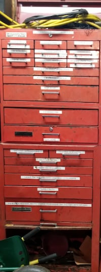 red and gray tool chest craftsman    $400 obo MARTINSBURG