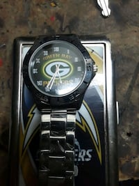 Green Bay Packers watch 2337 mi