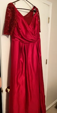 David's bridal gown size 18