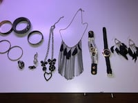 FOR SALE: 13 Lot Of Beautiful Fashion Jewelry Albuquerque, 87121