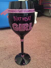 Black and pink glitter birthday girl wine glass Sangerfield, 13480
