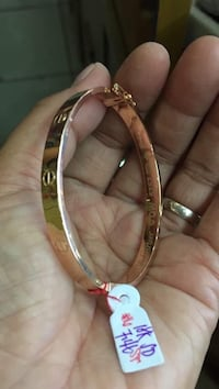Cartier bangle 18 k gold new  2299 mi