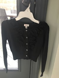 Girls size 10/12 black sweater  Centreville, 20120