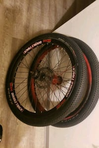 26 inch dirt jumper tires Coquitlam, V3J 6V7