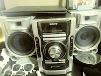 Sony 3 CD changer w/ fm and Aux Deer Park