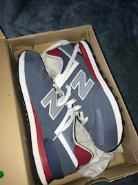 Blue & Burgundy New Balance  Fort Washington, 20744