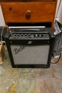 Fender Mustang 1 West Vancouver, V7T 2W4