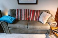 6ft leather Sofa Green
