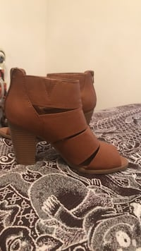 Shoes size 7 Baltimore, 21220