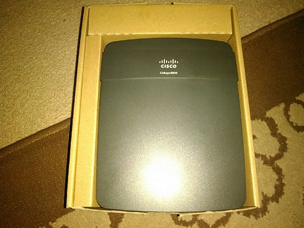 Used Linksys E900 flash to ddwrt for sale in Marshall - letgo