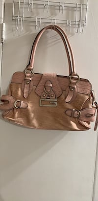 Baby Pink Authentic Guess purse Mississauga, L5A 2X7