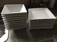 White square large plates, medium and square bowls. No cracks or chips! 14 large plates, 12 medium plates and 9 bowls  541 km