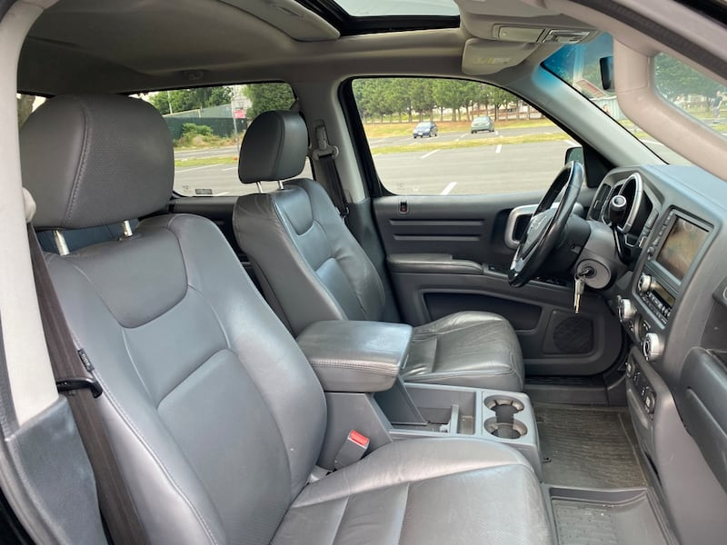 2008 Honda Ridgeline RTL with Leather and Navigation 2764a1c7-802a-4e9c-b6ba-0f4d504f1693