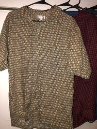 Men's button down shirt, size Large Paramount, 90723