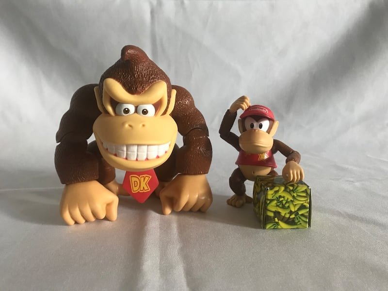 Donkey Kong country action figure set!! ed38d3fe-20d8-4a96-90a9-aa045229bf13
