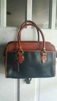 Black & Brown leather purse Essex, 21221