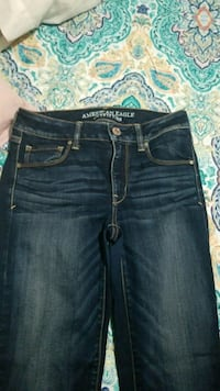 American Eagle jeans size 6