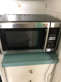 stainless steel and black microwave oven Lindenhurst, 11757
