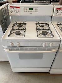 Hotpoint white gas stove