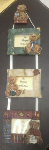 Collectible bears picture frame Calgary, T2Y