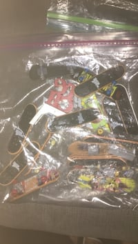 Bag of tech decks. And tech deck park and ramp Thorold, L2V