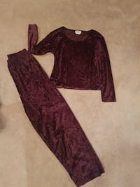 Crushed velvet  2 pc pajama set Edmonton, T5Y 2P2