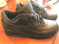 Nike Leather Air Max-90  size 9.5 practically new Thames Centre, N0L