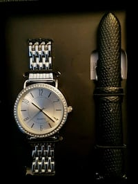Ladies watch with interchangeable strap  Woodstock, N4S 7R8