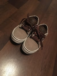 Vans size 2 Youth  Gulfport, 39503