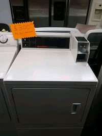 Speed queen comercial dryer white  West Palm Beach, 33415
