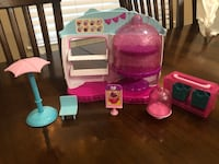 Shopkins cupcake shop $5 Bakersfield, 93314
