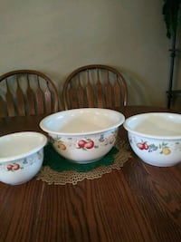 Set of three Corelle serving bowls